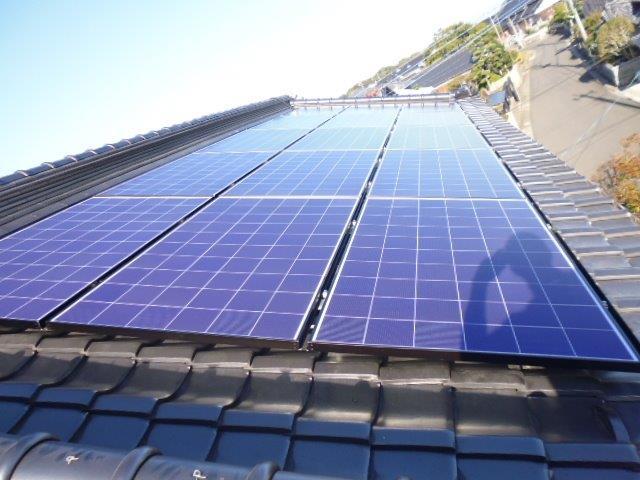 行橋市のM邸、太陽光工事 太陽電池モジュール設置完了