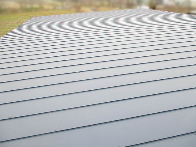 小郡市 T様邸 太陽光発電システム施工前 金属瓦棒立平葺き屋根