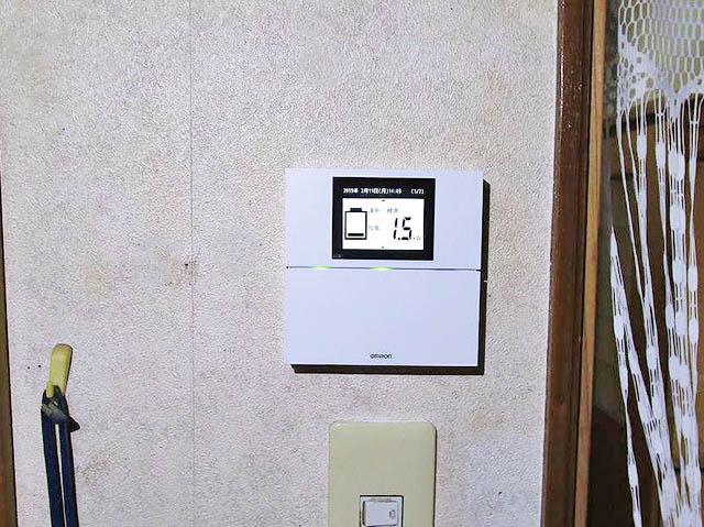 鞍手郡のM様邸にてオムロンの6.5kWh蓄電池のリモートコントローラ