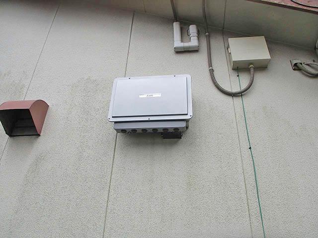 鞍手郡のM様邸にてオムロンの6.5kWh蓄電池のパワコン設置完了