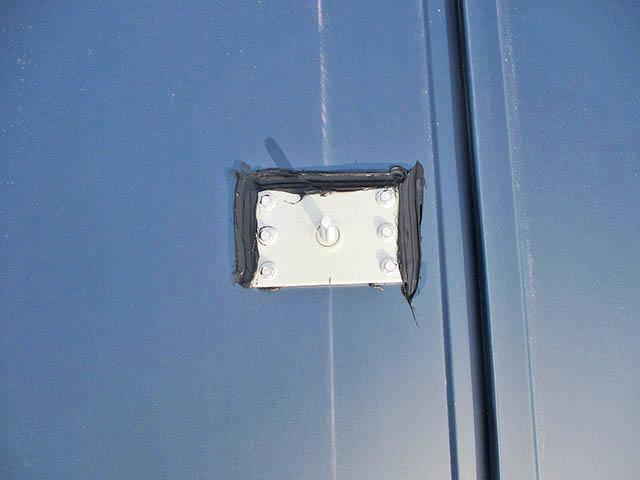 小郡市 T様邸 太陽光発電システム アンカー金具の防水処理