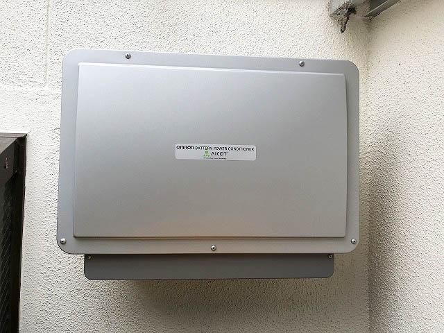 糸島市の吉田様邸にてオムロンのフレキシブル蓄電池のパワーコンディショナを設置