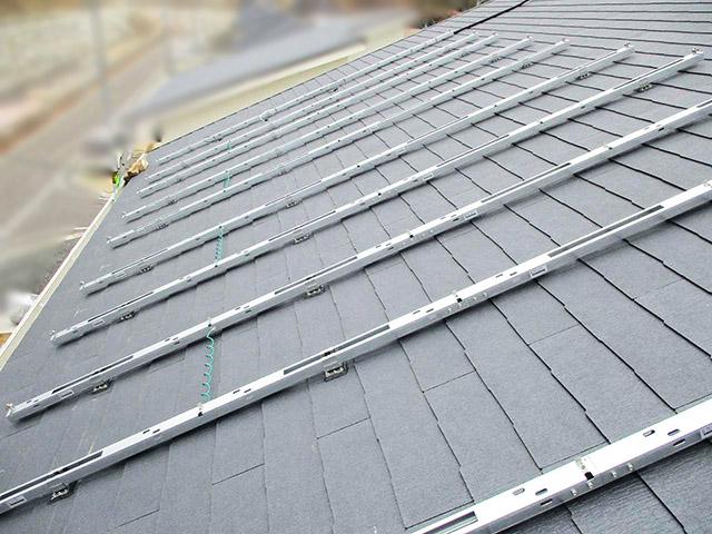 春日市 中尾様邸 太陽電池モジュール用架台フレーム設置