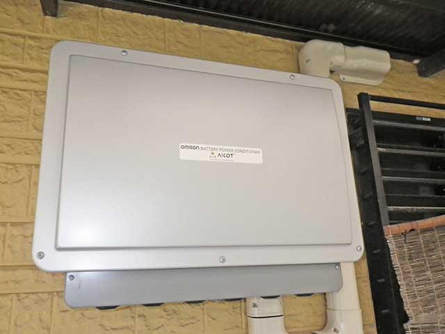 大分県中津市のI様邸でオムロンの蓄電池設置工事しました。