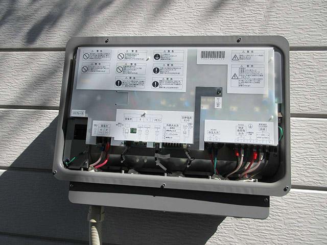 八女郡のN様邸にオムロンの蓄電池つきました!