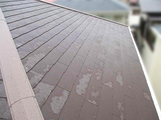 太陽光設置前の屋根です