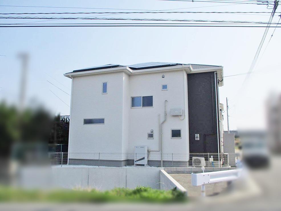 北九州市のM様邸にて長州産業の太陽光発電システム設置工事をしました。