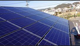 日南市のO様邸、太陽光発電システムのモジュール取付完了です