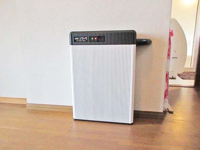 福岡県朝倉郡の渡辺様邸にて長州産業のフレキシブル蓄電システムの設置工事をしました。6.5kWhタイプです。