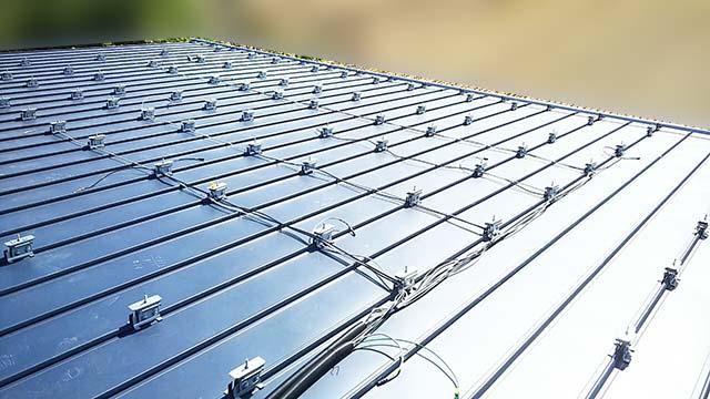瑞穂市のF様邸にてパナソニックの太陽光発電システム工事しました。施工中。