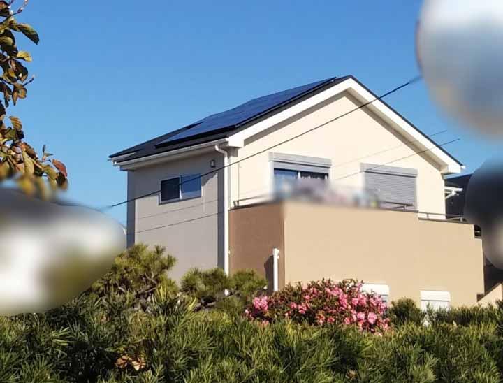 弥富市のS様邸でパナソニックの太陽光発電設置工事しました。