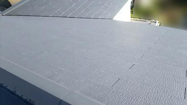弥富市のS様邸でパナソニックの太陽光発電設置工事しました。施工前のスレート屋根です。