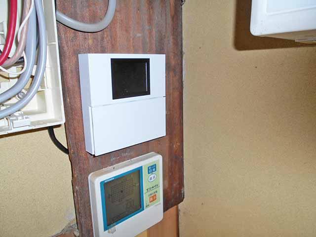 鞍手郡の千代原様邸にて長州産業フレキシブル蓄電システム設置工事しました。リモートコントローラ設置完了。