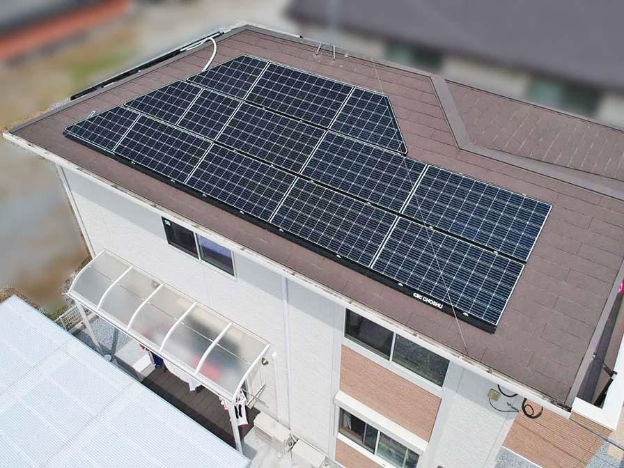 直方市のT様邸にて長州産業の太陽光発電システムの設置工事しました。