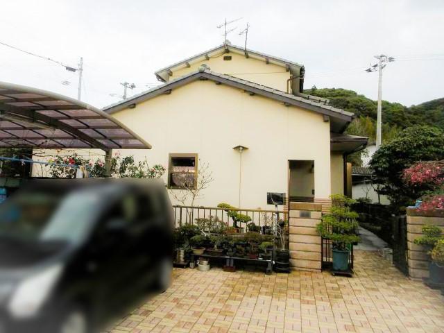 福岡県中間市のY様邸にて、蓄電システムの設置工事をしました≪お家画像≫