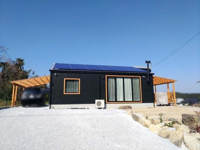 福岡県飯塚市のI様邸にて、太陽光発電システムを設置しました≪お家画像≫