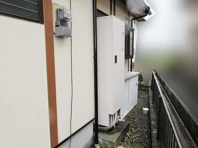 佐賀県鹿島市のT様邸にて日立のエコキュートの設置工事をしました。