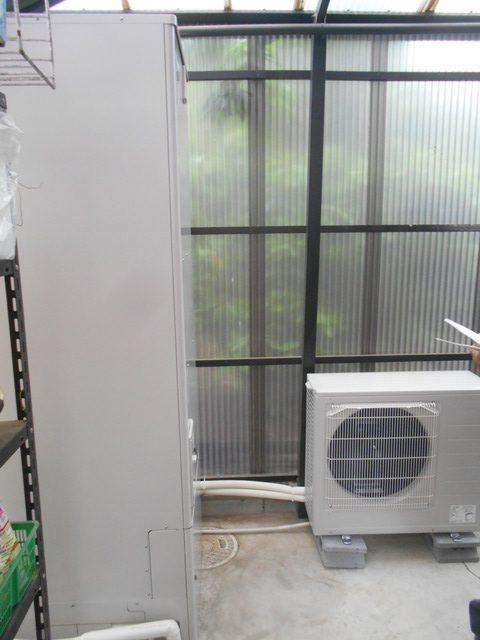 佐賀県佐賀市T様邸にてエコキュートを設置しました!