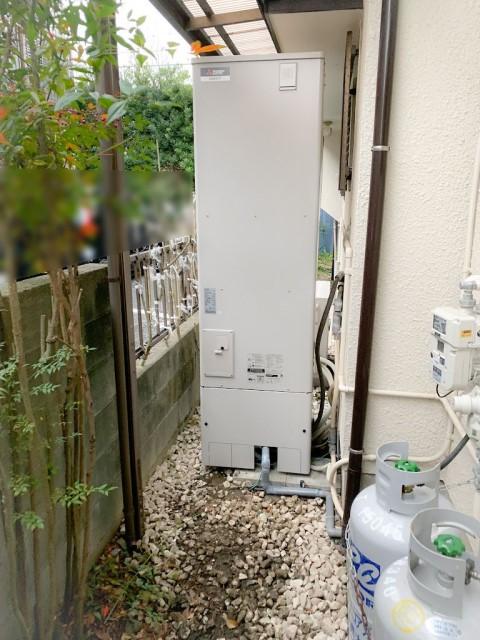 福岡県大野城市のT様邸にて、エコキュート設置しました≪貯湯ユニット≫