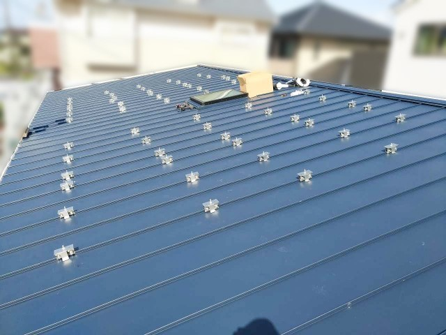 福岡県福岡市のA様邸にて太陽光発電システムを設置しました≪施工中≫