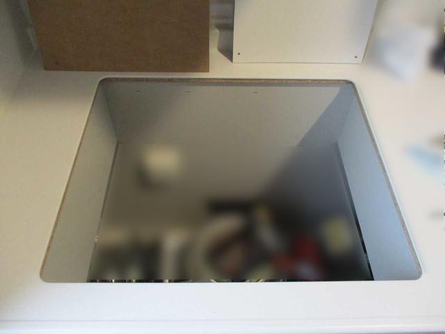 福岡県北九州市のT様邸にて、日立のIHクッキングヒーターを設置させて頂きました。《施工中》