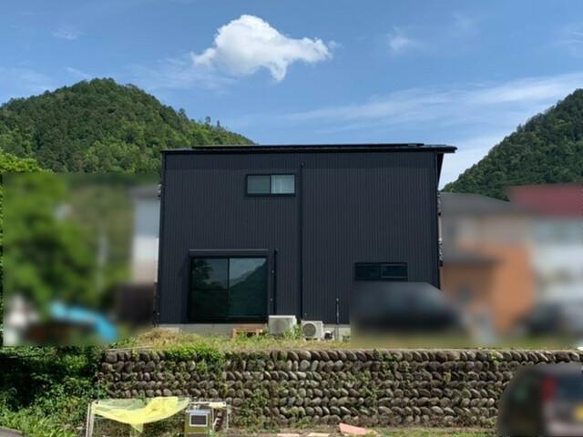 岐阜県美濃市O様邸にて、太陽光発電システムを設置しました。
