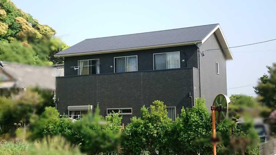福岡県遠賀郡K様邸にて、太陽光発電システムを設置しました。