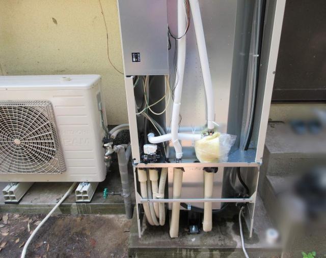 福岡県嘉麻市のS様邸にて、エコキュートを設置しました!