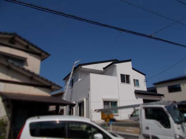福岡県福岡市のS様邸にて、太陽光発電システムを設置しました!