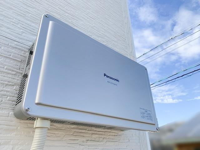 三重県四日市市のU様邸にて、太陽光発電システムを設置しました≪パワコン≫