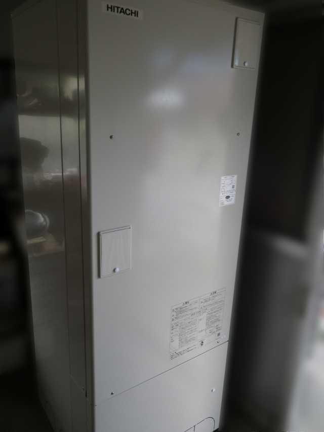 福岡県飯塚市のI様邸にて、エコキュートを設置しました!