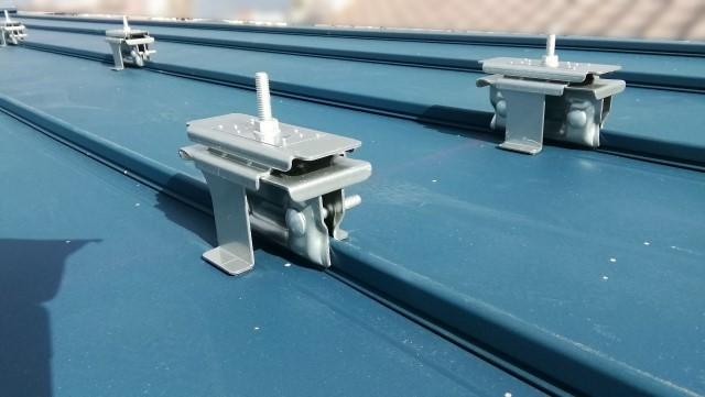 岡山県岡山市のF様邸にて、太陽光発電システムを設置しました≪金具≫