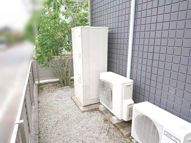 福岡県のF様邸にて、エコキュートを設置しました!